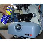 Foto de WD- 40 Company acuerda con Alejandro Altuna la promoci�n del spray de los 1.000 usos