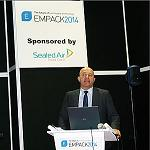 Picture of Bart Vansteenkiste expone la ponencia sobre normativa FMD en Empack 2014