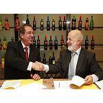 Foto de La Seda de Barcelona fabricar� 1.000 millones de botellas de PET para Garc�a Carri�n