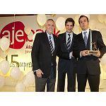 Fotografia de Ayerbe rep el premi Jove Empresari d'�laba