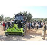 Picture of Vimar Equipment realises a demonstration of crushers and of the range of electroport�tiles Pellenc