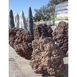 Fotografia de Bur�s presenta la seva nova col�lecci� de roques volc�niques exemplars
