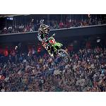 Picture of Ryan Villopoto conquers the title of the world of Master Supercross with tyres Dunlop