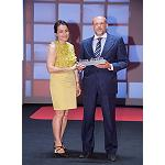 Picture of The AEC receives the Prize Honor�fico to the hygiene Vial of Direct Line