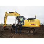 Picture of New Holland And385C with steering Trimble 3D �to surrender to the maximum�