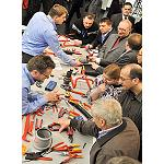 Picture of They grow the sales in the sector of ironingingmongery and bricolaje
