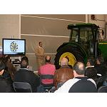 Picture of John Deere gathers to 700 people in his installations of Parla
