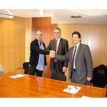Foto de Cimalsa firma un convenio con los transportistas del Port de Barcelona para construir un parking de trailers