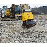 Picture of Hydraulics magnets that generate profits with the waste of the demolitions