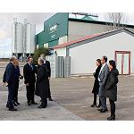 Picture of The delegate of Government in Castile-La Mancha, Jes�s Farmer, visit Symaga