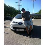 Foto de Un joven emprendedor se marca como reto viajar en un coche 100% el�ctrico de Barcelona a Finisterre