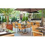 Fotografia de Las terrazas con vistas y de cocina mediterr�nea triunfan este verano