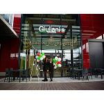 Fotografia de Giuliani�s abre un restaurante en La Maquinista