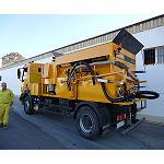Foto de Maquinter entrega un proyectador de asfalto Strassmayr a Construcciones Nila de Almer�a