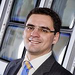Foto de �scar �lvarez Caama�o, nuevo director de Operaciones y Log�stica de Tourline Express
