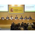 Foto de Jos� Manuel Soria presenta la Agenda para el fortalecimiento de la Industria en Espa�a que incide en fomentar la I+D y en mejorar la financiaci�n de pymes
