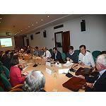 Foto de El MAGRAMA y el sector vitivin�cola acuerdan no recurrir a la destilaci�n de vino de la campa�a 2013-2014