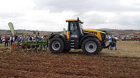 Foto de JCB organiza una jornada agrícola en Soria con un amplio despliegue de Fastracs