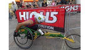 Foto de John Deere esponsoriza a Rafael Ordoñez, campeón de Europa de Paratriatlón
