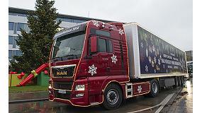 Foto de El camión navideño de Man ilumina la mirada de los más pequeños