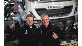 Foto de El piloto español Pep Vila visita la planta de Iveco en Madrid antes del inicio del Dakar 2015