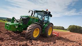 Foto de Los tractores John Deere de la Serie 5M se abren camino hacia Europa