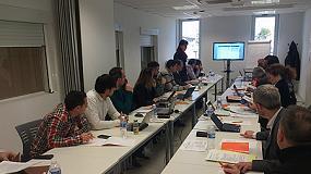 Foto de Asepal asiste a la reuni�n sobre normalizaci�n en materia de seguridad contra el arco el�ctrico, en Aitex