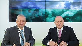 Foto de Cooperativas Agro-alimentarias de España y Grupo Cajamar firman un convenio de colaboración
