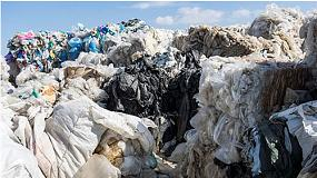Foto de �Los desechos son materiales reciclables, no son basura�