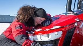 Fotografia de La capitana de la Expedici�n al Polo Sur Antarctica2 logra un record del mundo en un tractor MF