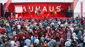 Foto de M�s de 4.000 personas celebran la apertura de Bauhaus Zaragoza