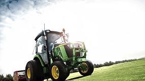 Foto de John Deere desafía a sus tractores compactos al reto verde para conseguir una reducción de emisiones