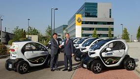 Picture of Renault Espa�a entrega siete unidades del veh�culo el�ctrico Renault Twizy a la compa��a ThyssenKrupp