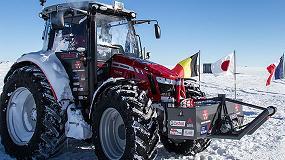 Foto de Trelleborg equipa en exclusiva el nuevo tractor edición especial MF 5610 Antarctica2