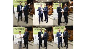 Foto de Anese entrega los certificados a las primeras empresas clasificadas como ESEs en España