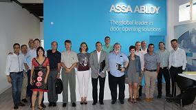 Foto de Comerciales, delegados y representantes de la zona Norte de TESA Assa Abloy acuden a las nuevas instalaciones de Irún