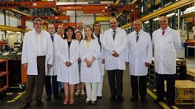 Foto de La ministra de Fomento visita la fábrica de Siemens en Cornellá, referente del sector ferroviario español