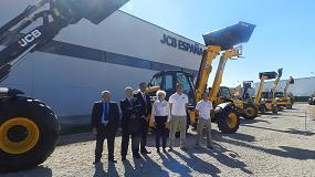 Foto de JCB España presenta oficialmente sus nuevas instalaciones y hace balance del ejercicio 2015
