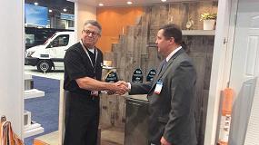Foto de Schluter-Systems galardonada como marca preferida en la feria IBS Las Vegas 2016