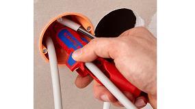 Foto de Knipex ErgoStrip, la herramienta universal para pelar cables y retirar aislamientos