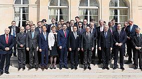 Foto de Richard Markwell, director general de Massey Ferguson, se reúne con François Hollande en el Palacio del Elíseo