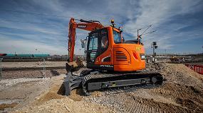 Foto de Doosan presenta su nueva excavadora de 15 toneladas de Fase IV con radio reducido