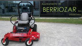 Fotografia de Axo Group entrega un cortac�sped con carburante GLP al Ayuntamiento de Berriozar (Navarra)
