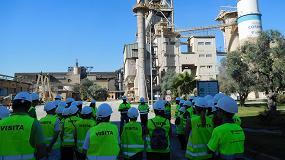Picture of M�s de 300 personas visitan la f�brica de Cementos Cosmos en Niebla