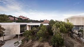Foto de Rock's House, integración en el paisaje con cerramientos Technal
