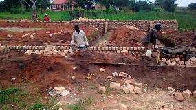 Foto de Multivac colabora con un proyecto de ayuda humanitaria en Uganda