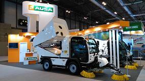 Fotografia de Ausa presenta en Tecma su nuevo modelo Ausa B200H EuroVI y la barredora de 4m3 B400