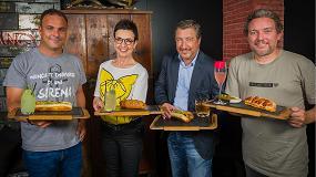 Fotografia de Carme Ruscalleda, �ngel Le�n, Joan Roca y Albert Adri� unidos por los hot dogs