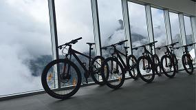 Foto de Un singular centro de actividades de montaña realizado con carpintería de aluminio Technal