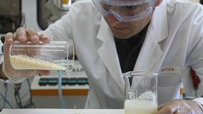 Foto de Obtenido el primer bioplástico a partir del suero lácteo excedente de la industria quesera